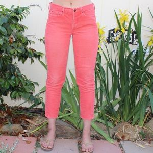 Gap Salmon Mid Rise Corduroy Ankle Crop Pants 👖🍑